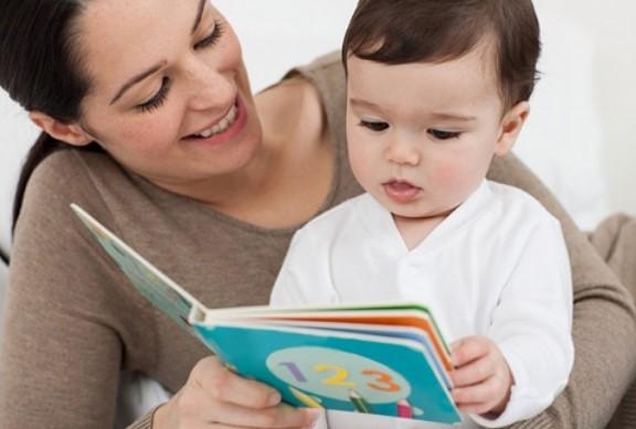 Làm thế nào để giúp con thích đọc sách