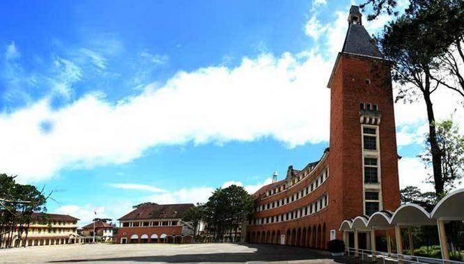 Kiến trúc Trường Cao đẳng Đà Lạt