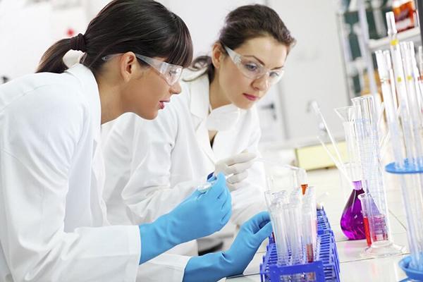 Nhiều cơ hội việc làm cho ngành Dược
